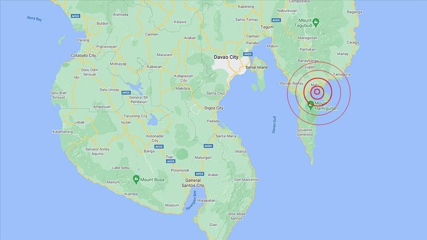 На Филиппинах после мощного землетрясения объявлено предупреждение о цунами