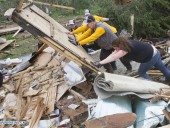 The number of victims of tornadoes in the United States exceeded 90 people (updated photo)