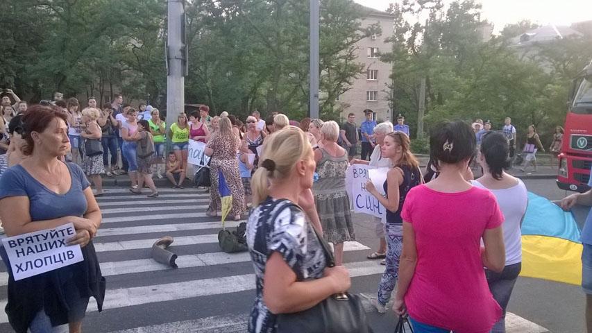 http://www.unn.com.ua/uploads/media/photo/2014/07/27/82be94fcd8fb2a58e6a0e231ad41244b44c61c29.jpg