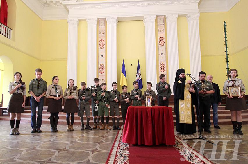 Для киевлян и гостей столицы в Киевсовете будет гореть Вифлеемский огонь