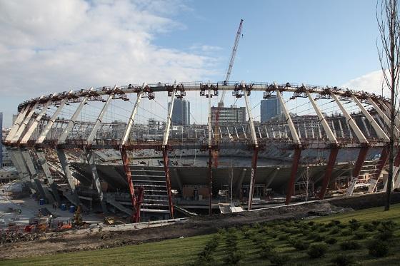 Реконструкція стадіону