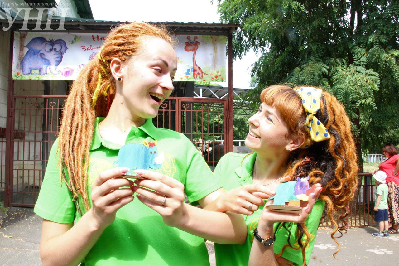 У Київському зоопарку привітали носорога-довгожителя із днем народження - фото 11