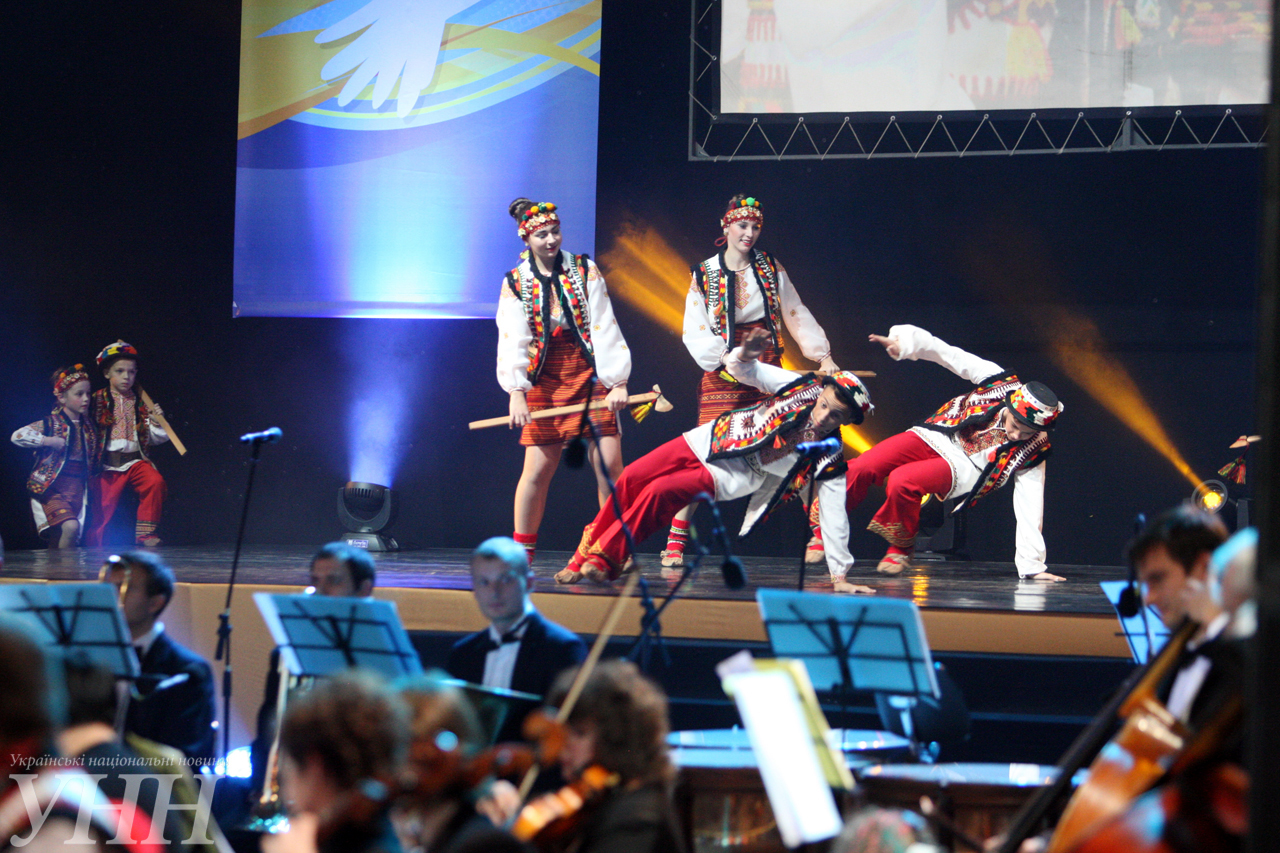 Украина отметила юбилей ООН праздничным концертом - фото 14