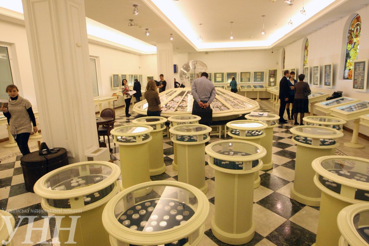 Музей денег НБУ открыл двери для всех желающих - фото 12