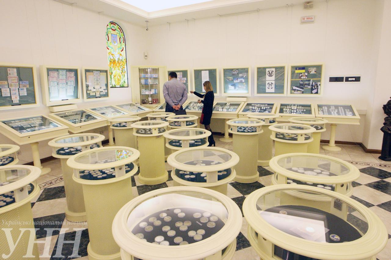 Музей денег НБУ открыл двери для всех желающих - фото 1