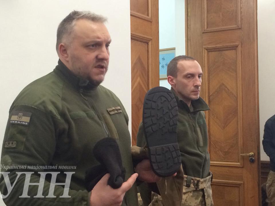 Новую зимнюю одежду для украинских военных испытают в зоне АТО до конца марта - С.Полторак - фото 1