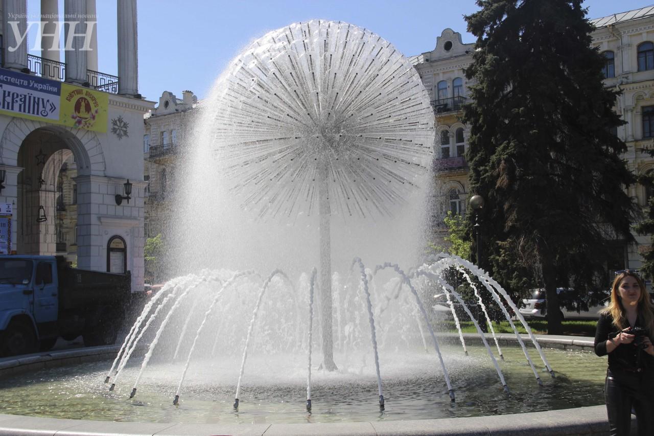 Новые места для фотосессий: вКиеве заработали фонтаны