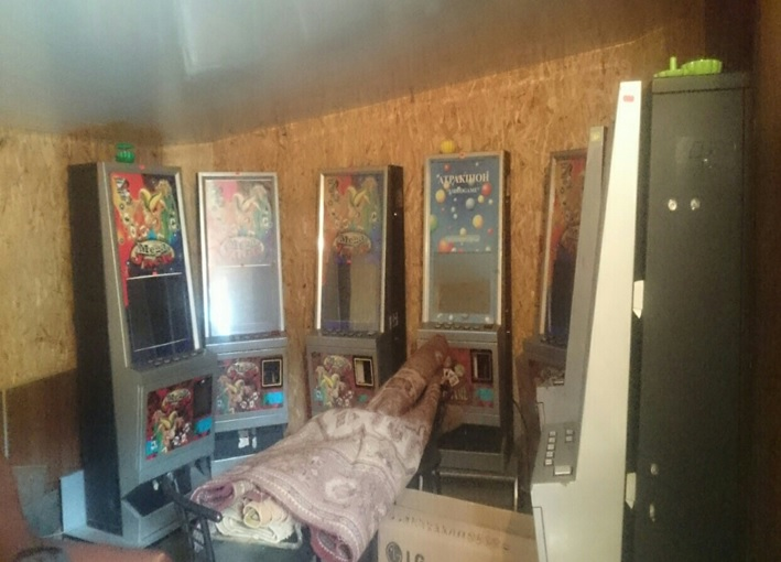 Игровые автоматы на дому игровые автоматы crazy fruit эмулятор