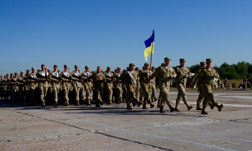 Украинские военные уверяют, что границу Крыма ненарушали