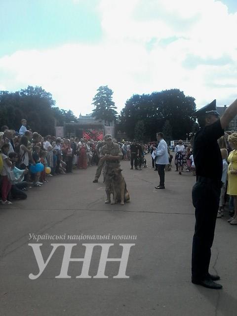 ... На головному майдані у Хмельницькому відзначають День незалежності  України - фото 2 ... 2cf72f9dea059