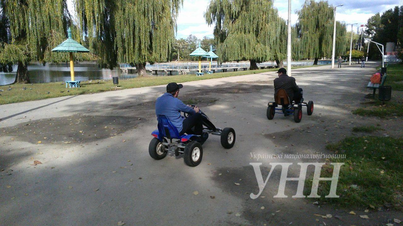 Люди з обмеженими можливостями змагались на перегонах в Івано-Франківську - фото 3