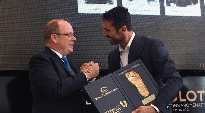 Буффон обійшов Мессі таРоналду і став володарем премії Golden Foot