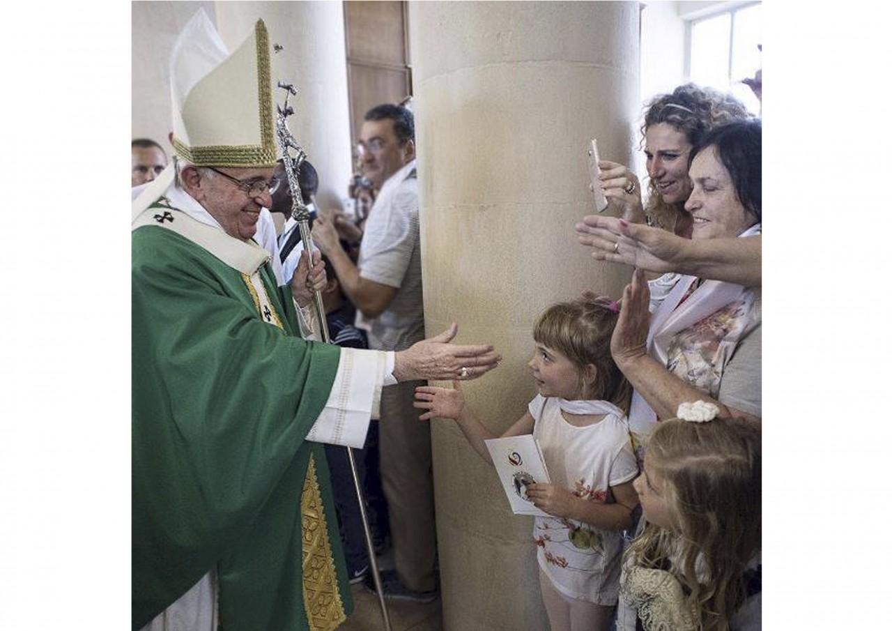 Сегодня Папе Римскому Франциску исполняется 80 лет - фото 19