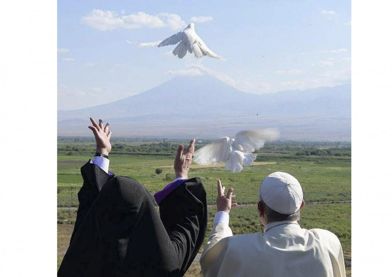 Сегодня Папе Римскому Франциску исполняется 80 лет - фото 17