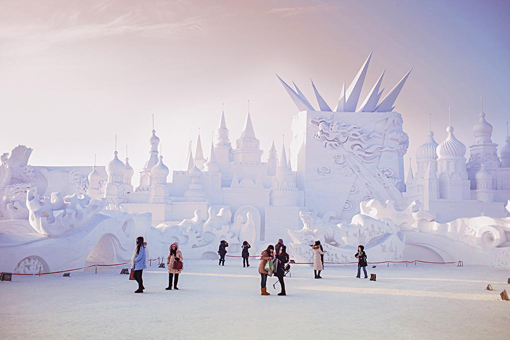 У Китаї розпочався 32-й міжнародний фестиваль льоду і снігу – новини на УНН | 6 січня 2017, 10:36