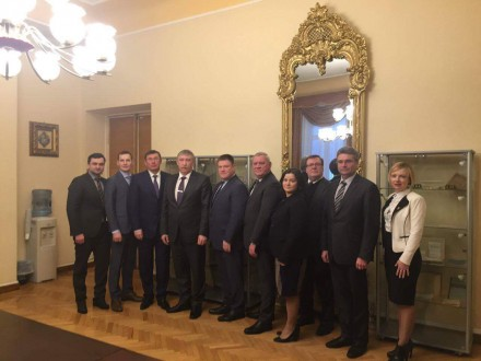 Луценко заявляет, что договорился вЛатвии овозврате активов экс-чиновников