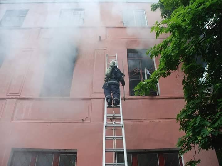 УМиколаєві сталася масштабна пожежа упсихіатричній лікарні
