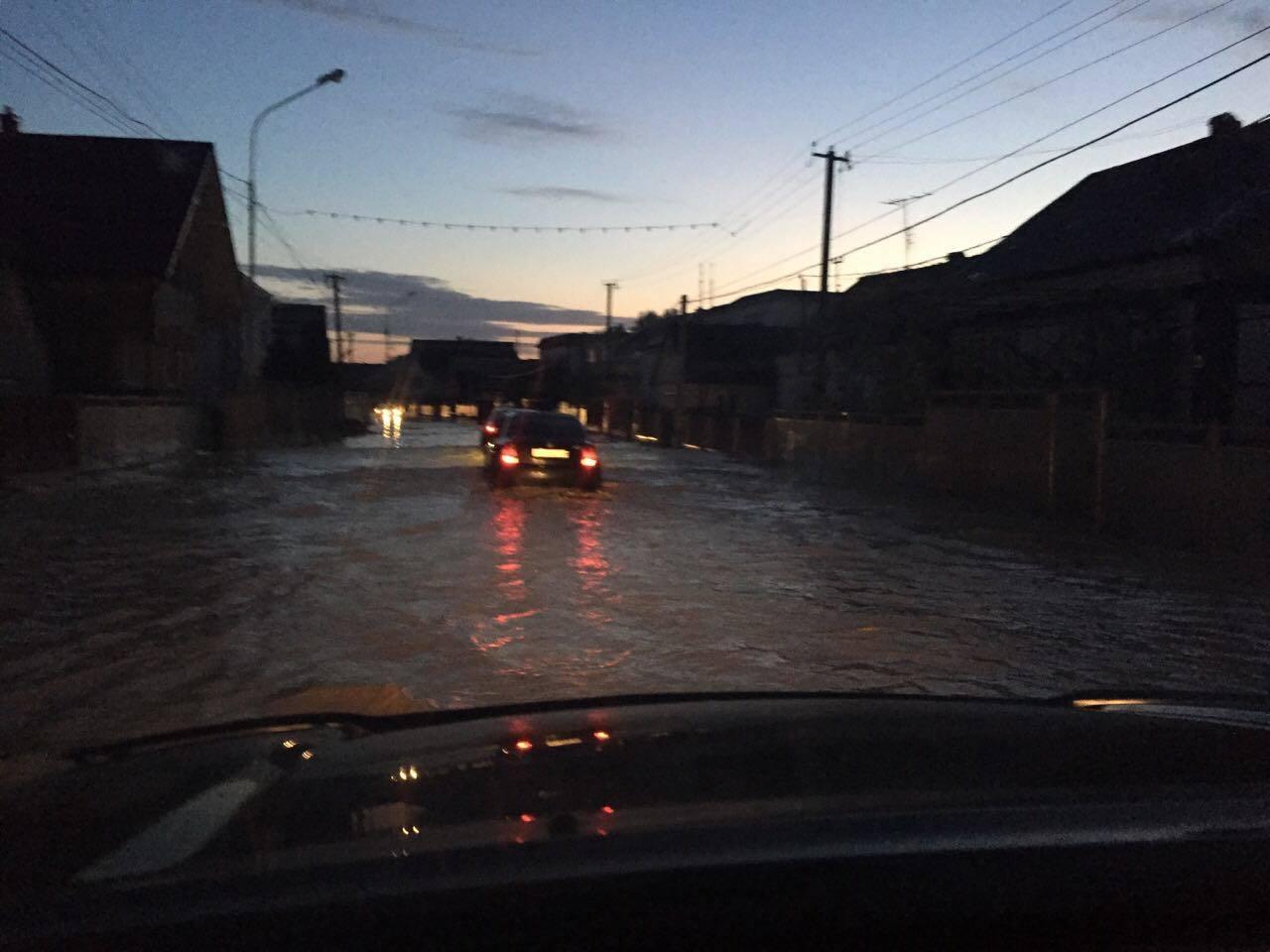 НаЗакарпатті через зливи підтоплено майже 100 домогосподарств