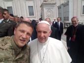 Папа Римский встретился в Ватикане с украинскими бойцами АТО