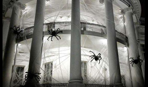 Відвідувачів у Білому домі наГелловін вітатимуть гарбузи зпрофілями екс-президентів