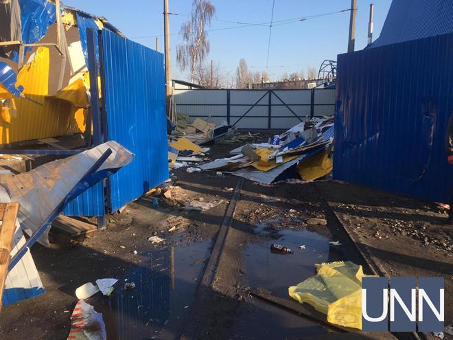 УКиєві стався жорсткий погром: знищені десятки магазинів