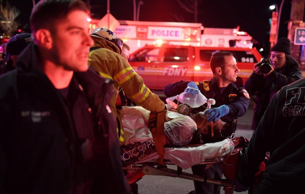 Падіння вертольота уНью-Йорку— є жертви