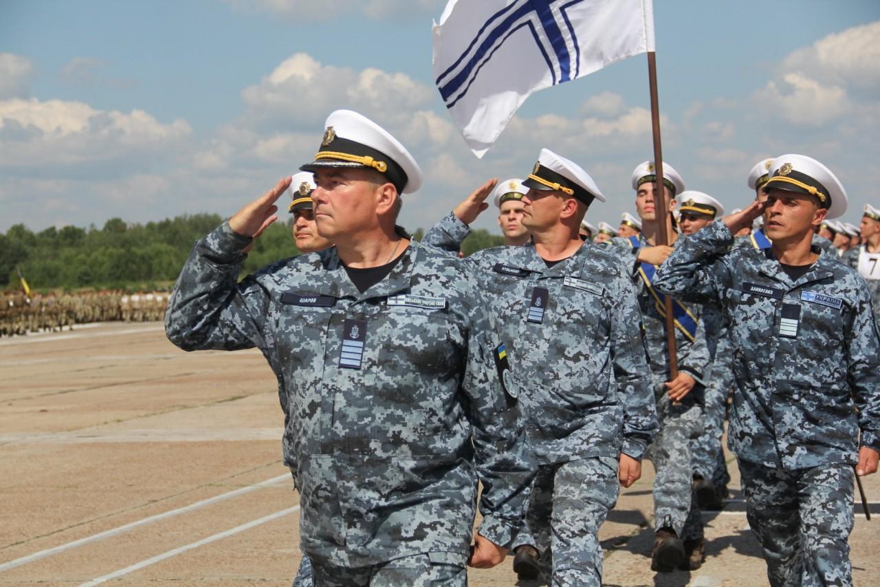 Женщины-военные впервые пойдут на параде ко Дню независимости - фото 2