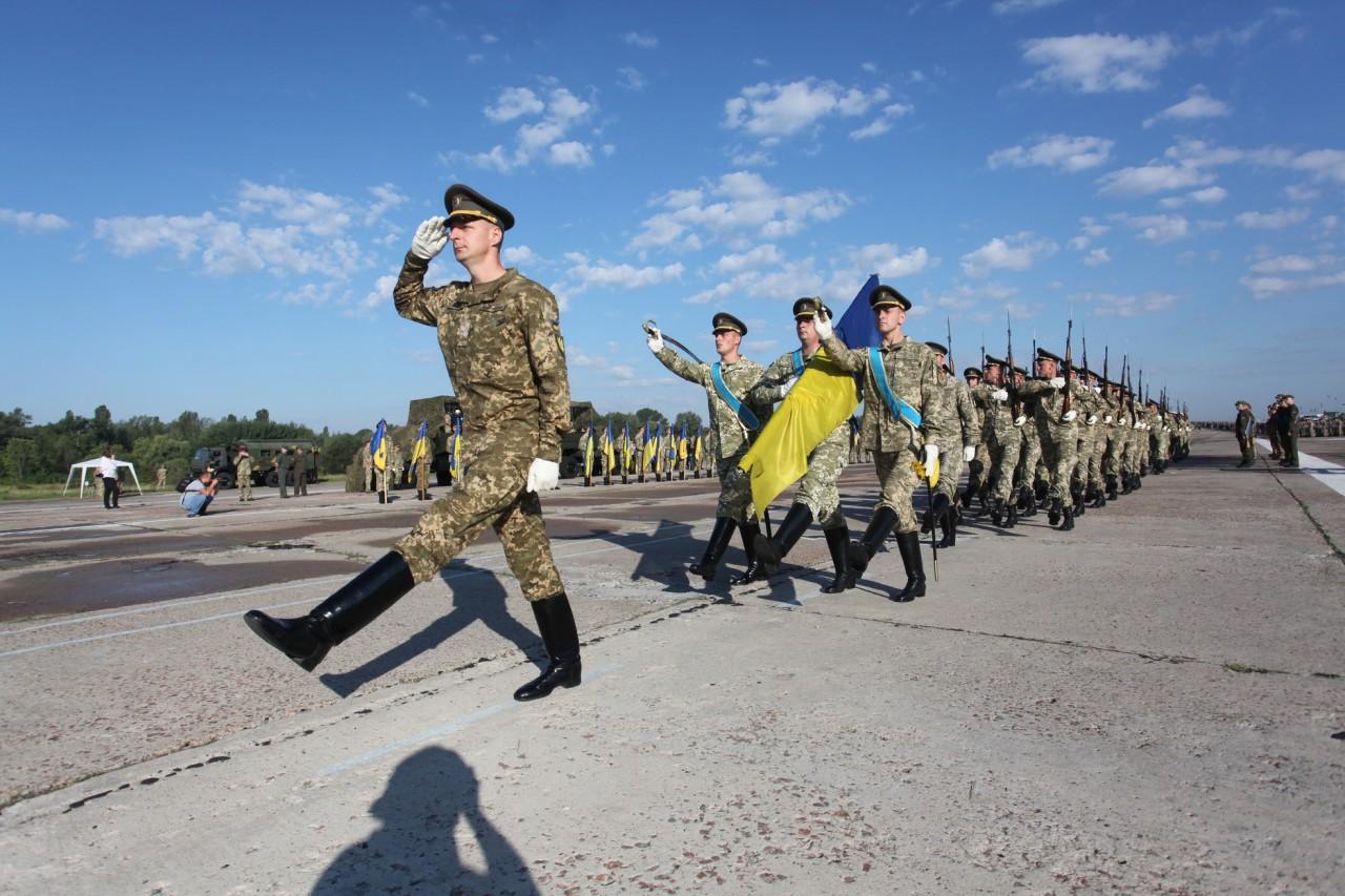 Женщины-военные впервые пойдут на параде ко Дню независимости - фото 21