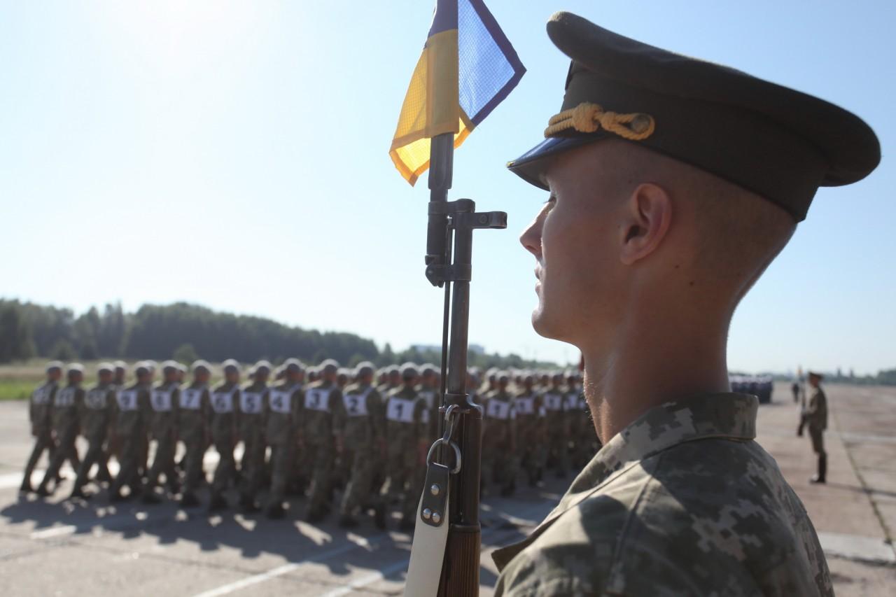 Женщины-военные впервые пойдут на параде ко Дню независимости - фото 13