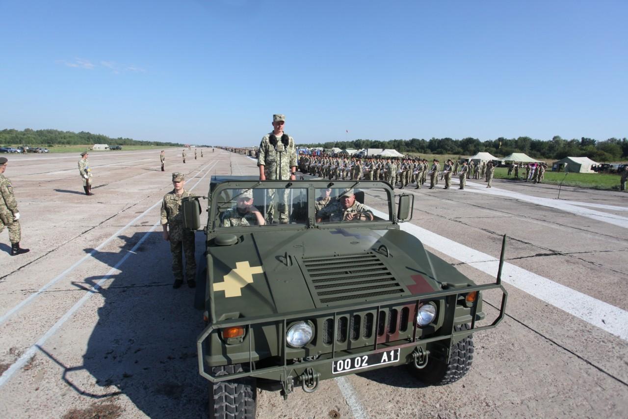 Женщины-военные впервые пойдут на параде ко Дню независимости - фото 15