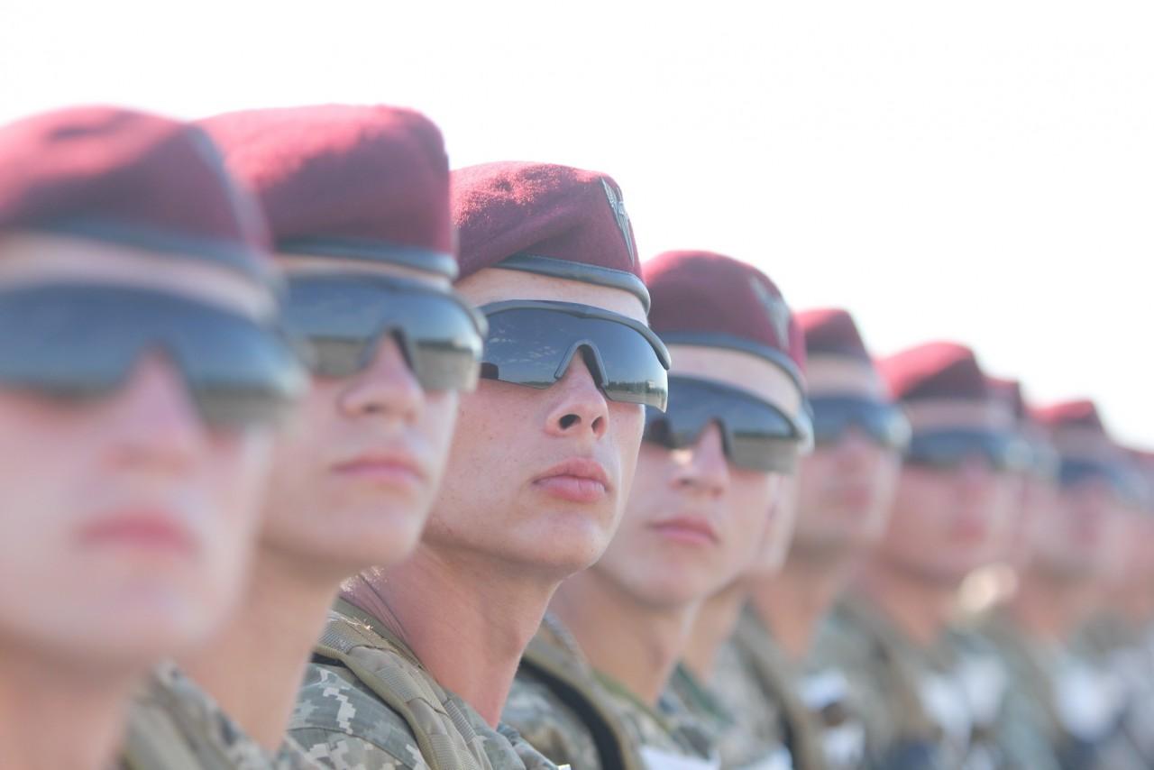 Женщины-военные впервые пойдут на параде ко Дню независимости - фото 17