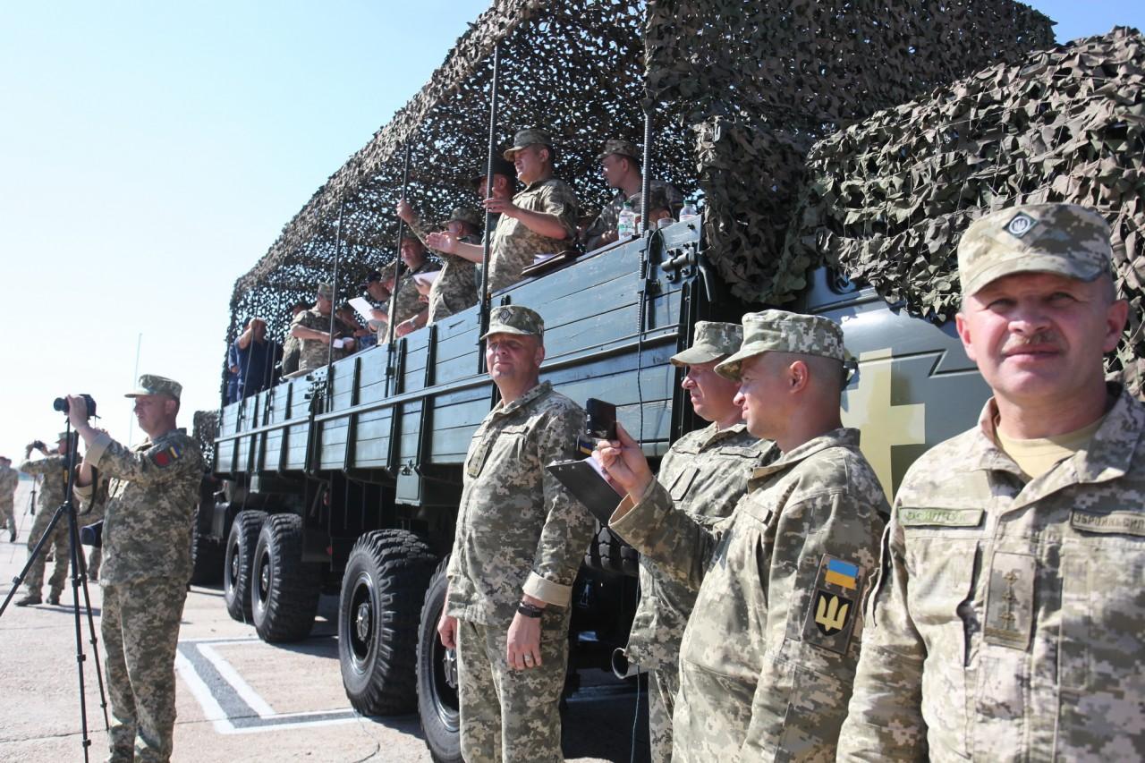 Женщины-военные впервые пойдут на параде ко Дню независимости - фото 8