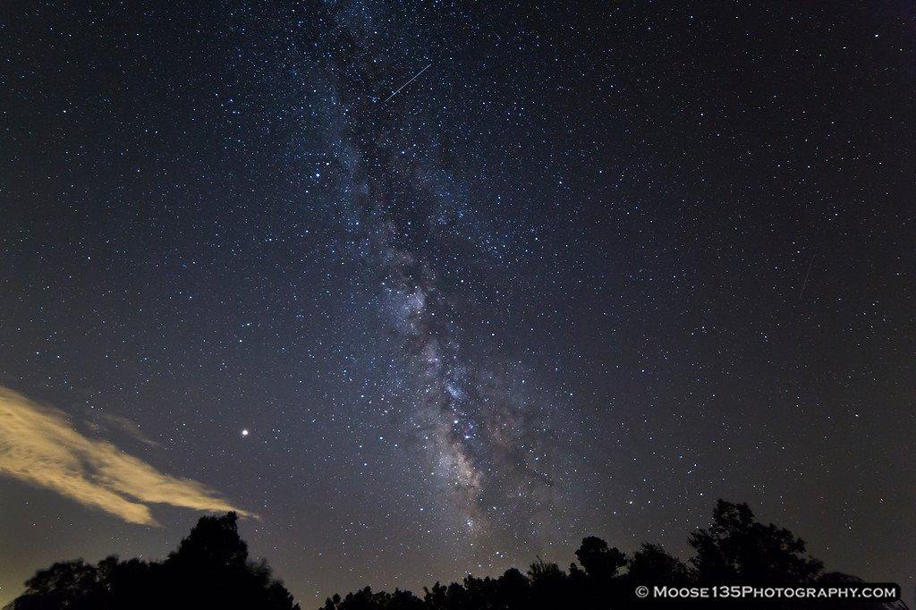 Звездопад Персеиды показали фотографы со всего мира - фото 4