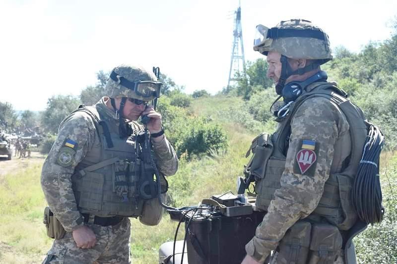 В Херсонской области украинские десантники проводят учения - фото 6