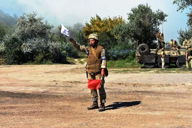 В Херсонской области украинские десантники проводят учения - фото 20