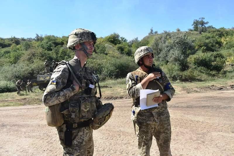 В Херсонской области украинские десантники проводят учения - фото 5