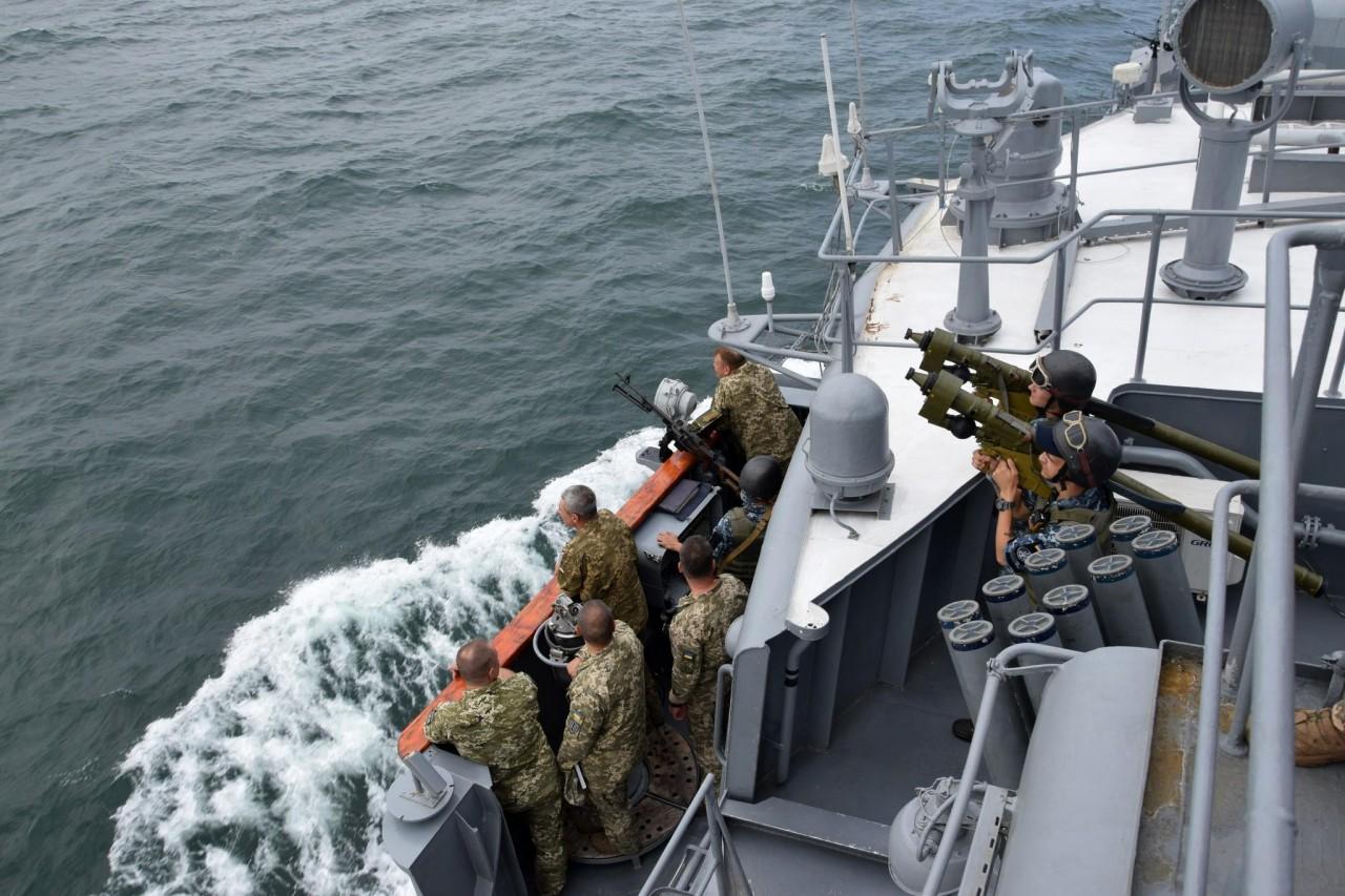 Шторм-2018: украинские ВМС провели боевые стрельбы - фото 1