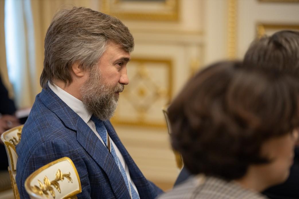 З'явилися фото з зустрічі Зеленського з Парубієм і лідерами фракцій - фото 16