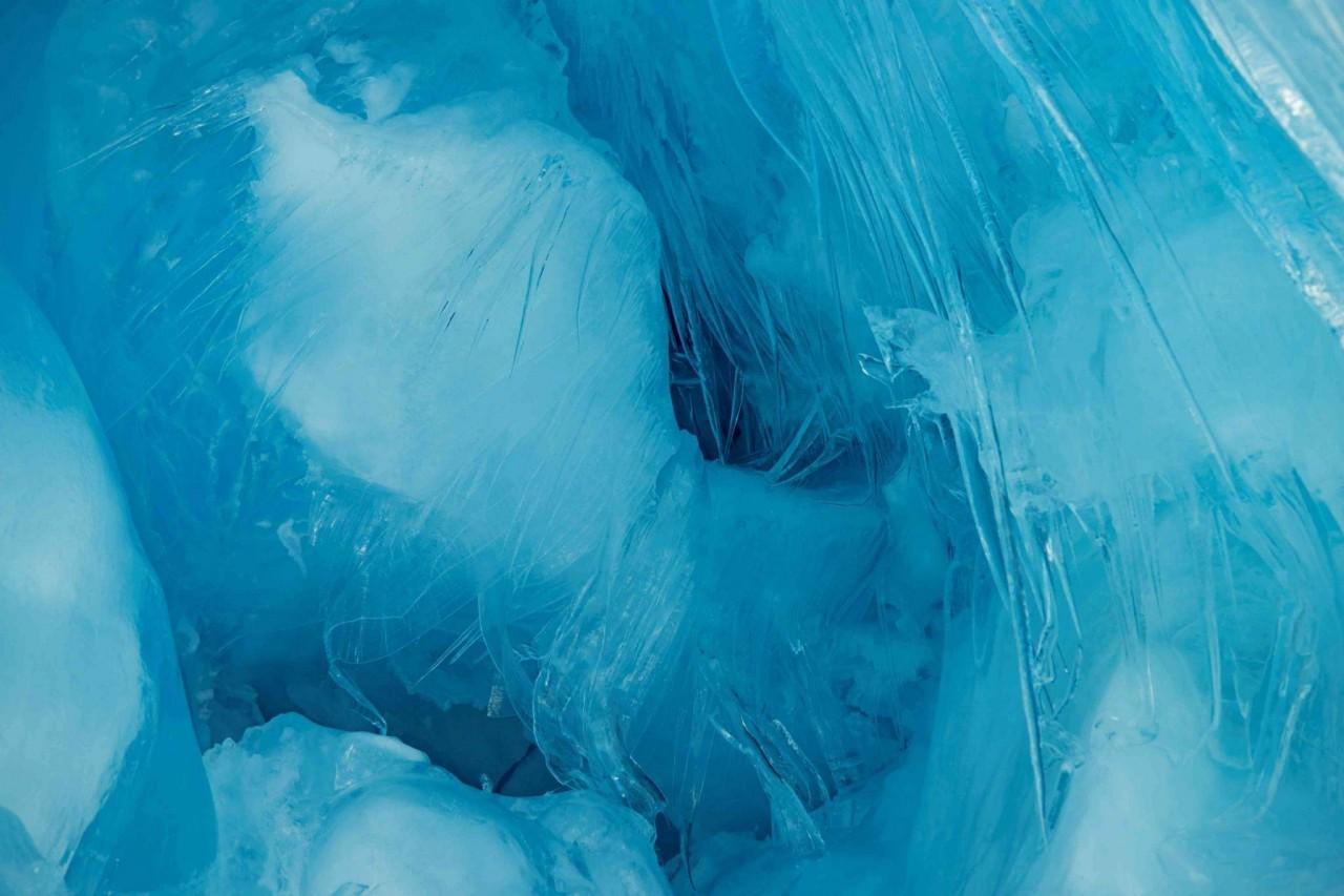 """Українські полярники віднайшли в Антарктиді """"загублену"""" триповерхову печеру - фото 8"""