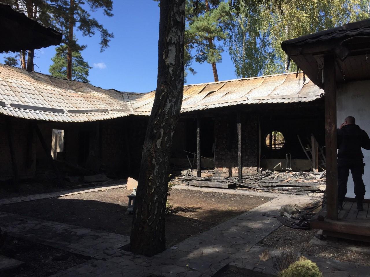 Фото з пожежі у будинку Гонтаревої - фото 3