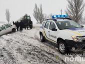 За трое суток в Донецкой области спасли из снежных заторов более 90 водителей - фото 5