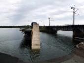 В Днепропетровской области временно прекратили ликвидацию последствий обрушения моста - фото 4