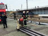 В Днепропетровской области временно прекратили ликвидацию последствий обрушения моста - фото 5