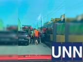 На столичной Петровке произошло ДТП с участием троллейбуса - фото 2