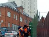 Киев засыпало снегом: коммунальщики усиленно убирают улицы - фото 2