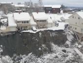 В Норвегии продолжаются поиски пострадавших в результате масштабного оползня - фото 1
