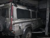Крупный пожар произошел на СТО в Днепре: огнем уничтожено 4 автомобиля - фото 2