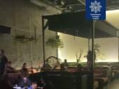 Нарушали карантин: в Киеве патрульные закрыли ресторан - фото 1