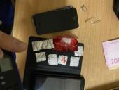 Медработника Киевского СИЗО разоблачили на сбыте наркотиков заключенным - фото 1