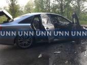 В Киеве вспыхнул автомобиль, когда его тестировали водитель и механик СТО - фото 8